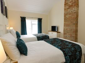 Beech Cottage - Whitby & North Yorkshire - 1046015 - thumbnail photo 11