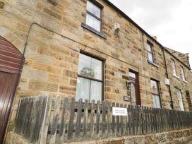 4 bedroom Cottage for rent in Castleton
