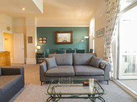 Littlestone Beach Apartment - Kent & Sussex - 1046297 - thumbnail photo 6