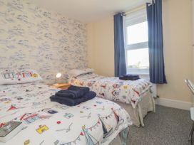 Littlestone Beach Apartment - Kent & Sussex - 1046297 - thumbnail photo 14