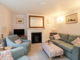 Yew Cottage - Kent & Sussex - 1046589 - thumbnail photo 2