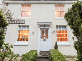 3 bedroom Cottage for rent in Tunbridge Wells