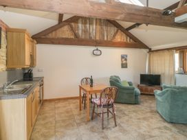 The Calf Barn - Somerset & Wiltshire - 1046659 - thumbnail photo 3
