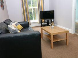George Centre Apartment 3 - Peak District - 1047256 - thumbnail photo 3