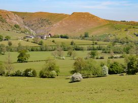 Beresford Dale - Peak District - 1047613 - thumbnail photo 21