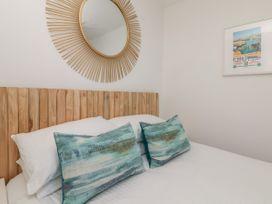 Gwithian House Apartment - Cornwall - 1047885 - thumbnail photo 12