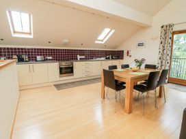 Cholwell Barn Apartment - Devon - 1048109 - thumbnail photo 9