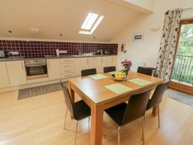 Cholwell Barn Apartment - Devon - 1048109 - thumbnail photo 12