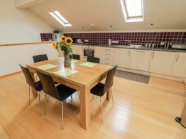 Cholwell Barn Apartment - Devon - 1048109 - thumbnail photo 13