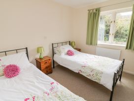 Cholwell Barn Apartment - Devon - 1048109 - thumbnail photo 19