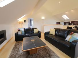 Cholwell Barn Apartment - Devon - 1048109 - thumbnail photo 7