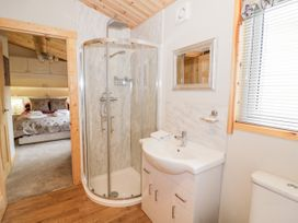 Brookside Lodge - Cotswolds - 1048507 - thumbnail photo 20
