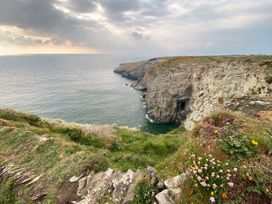Merlins Cottage - Cornwall - 1048526 - thumbnail photo 38
