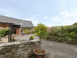 Pentre Barn - South Wales - 1048686 - thumbnail photo 2