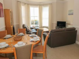 6 South Beach Court - South Wales - 1048986 - thumbnail photo 5