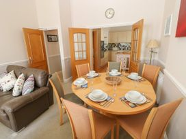 6 South Beach Court - South Wales - 1048986 - thumbnail photo 6