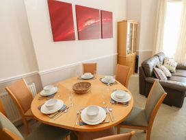 6 South Beach Court - South Wales - 1048986 - thumbnail photo 7