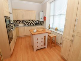 6 South Beach Court - South Wales - 1048986 - thumbnail photo 8