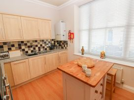 6 South Beach Court - South Wales - 1048986 - thumbnail photo 9