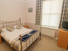 6 South Beach Court - South Wales - 1048986 - thumbnail photo 12