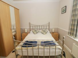 6 South Beach Court - South Wales - 1048986 - thumbnail photo 13