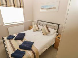 6 South Beach Court - South Wales - 1048986 - thumbnail photo 16