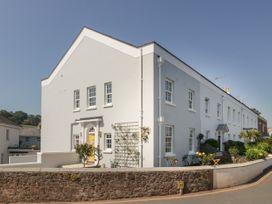 4 bedroom Cottage for rent in Shaldon