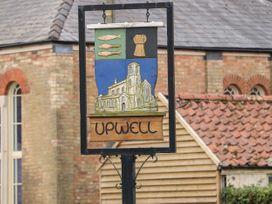 The Five Bells Inn - Norfolk - 1049236 - thumbnail photo 48