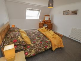 Coach House Cottage - Whitby & North Yorkshire - 1049262 - thumbnail photo 10