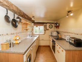 Hay Barn Cottage - Cotswolds - 1049432 - thumbnail photo 9