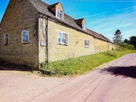 2 bedroom Cottage for rent in Burford