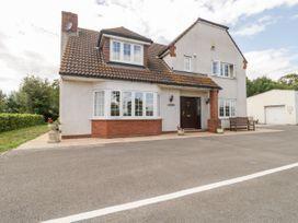 3 bedroom Cottage for rent in Lympsham