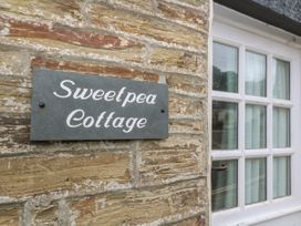 Sweetpea Cottage - Cornwall - 1049519 - thumbnail photo 2
