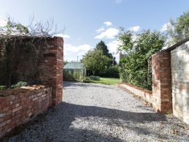 The Gardens - Somerset & Wiltshire - 1049668 - thumbnail photo 37