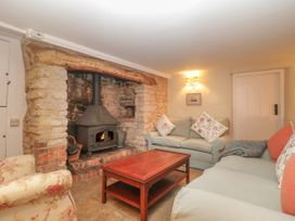 Puddle Mill Cottage - Dorset - 1049778 - thumbnail photo 9