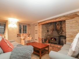 Puddle Mill Cottage - Dorset - 1049778 - thumbnail photo 10