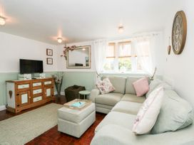 Hideaway Cottage - Norfolk - 1049931 - thumbnail photo 8