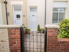 5B Elmwood Grove - Northumberland - 1050006 - thumbnail photo 2