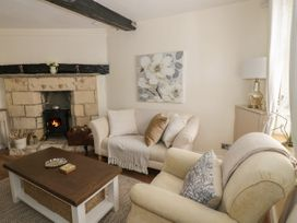 Thimble Cottage - Cotswolds - 1050024 - thumbnail photo 3