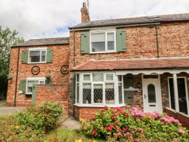 Fifth Milestone Cottage - Whitby & North Yorkshire - 1050147 - thumbnail photo 1