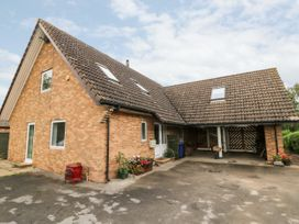 5 bedroom Cottage for rent in Selby