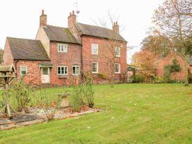 5 bedroom Cottage for rent in Derby