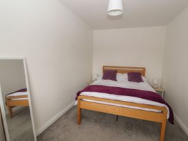 Northgate Avenue - North Wales - 1050282 - thumbnail photo 9