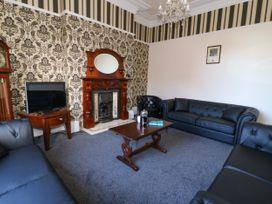 Wellington House - Whitby & North Yorkshire - 1050358 - thumbnail photo 2