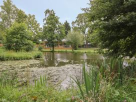The Leat - Cotswolds - 1050387 - thumbnail photo 24