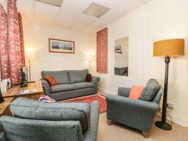 Palace Apartment Main Street - Lake District - 1050461 - thumbnail photo 4