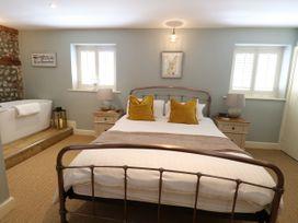 Captain's Cottage - Norfolk - 1050468 - thumbnail photo 11