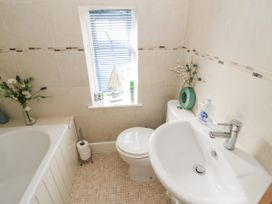 The Malins - Cotswolds - 1050599 - thumbnail photo 20