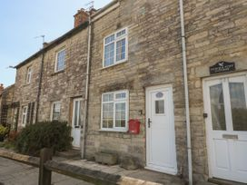3 bedroom Cottage for rent in Swanage