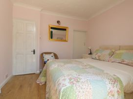 Higgledy Piggledy Cottage - Dorset - 1050784 - thumbnail photo 17